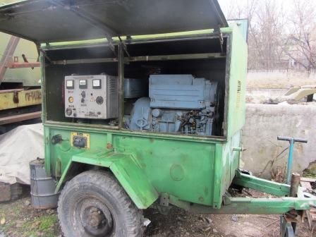 Генератор ЕСС-81-4У2
